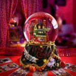 What's the difference between a psychic and fortune teller?